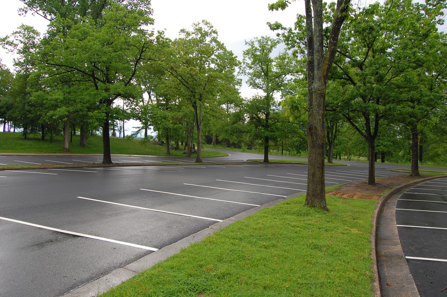 cyclorama parking lot resurfacing part 2 gettysburg daily. Black Bedroom Furniture Sets. Home Design Ideas