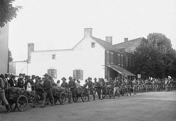 Marines marching to Gettysburg