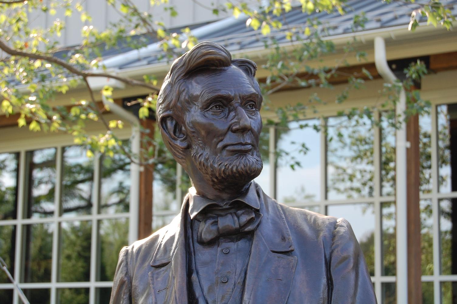 Lincoln Statue Gettysburg Daily