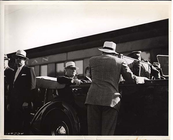 President Roosevelt arriving at the train station in Gettysburg