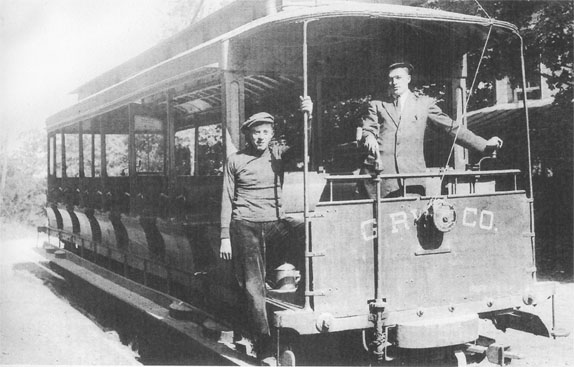 Front of Gettysburg Electric Trolley