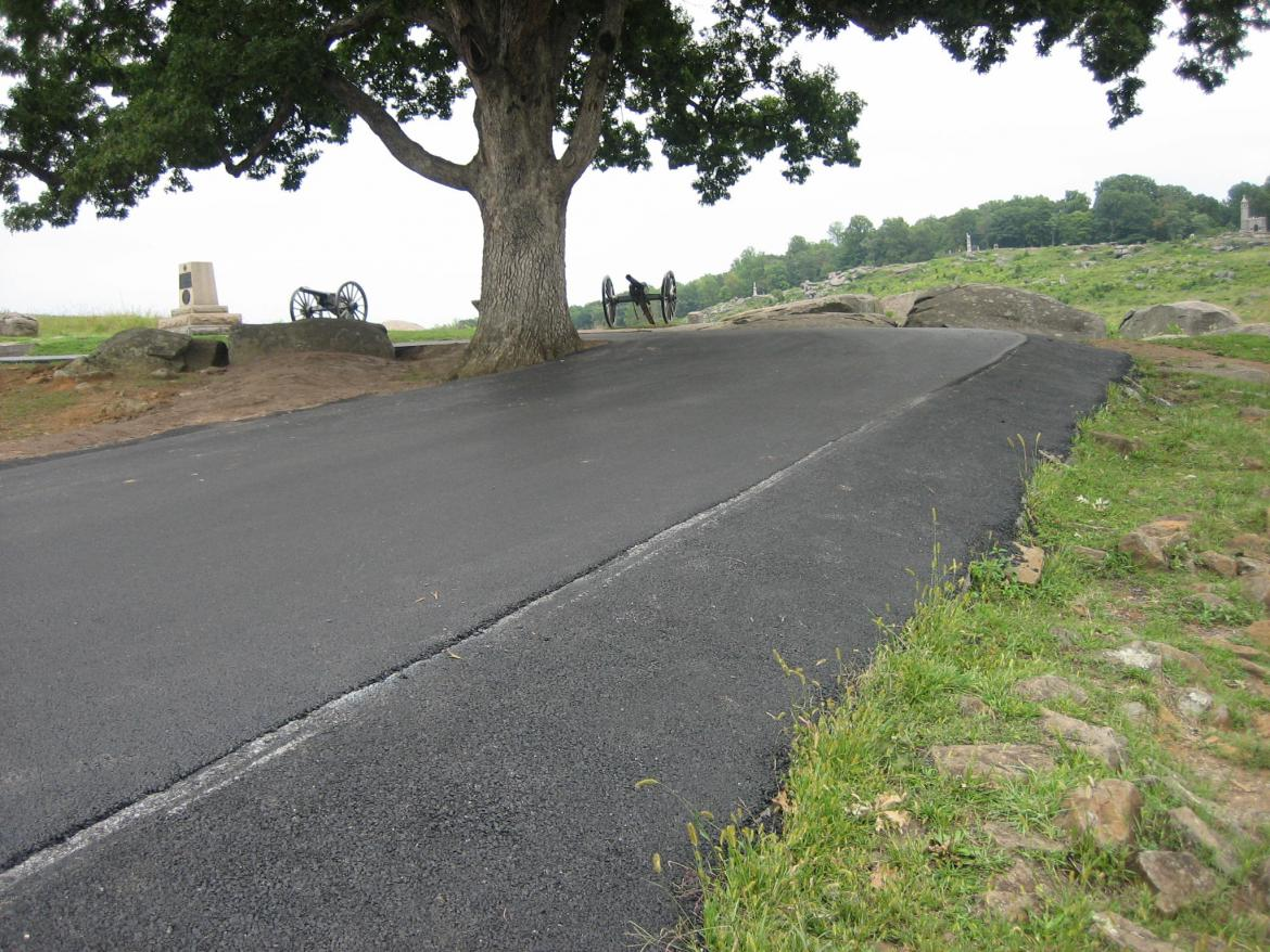 Asphalt covering stonework at Devil's Den