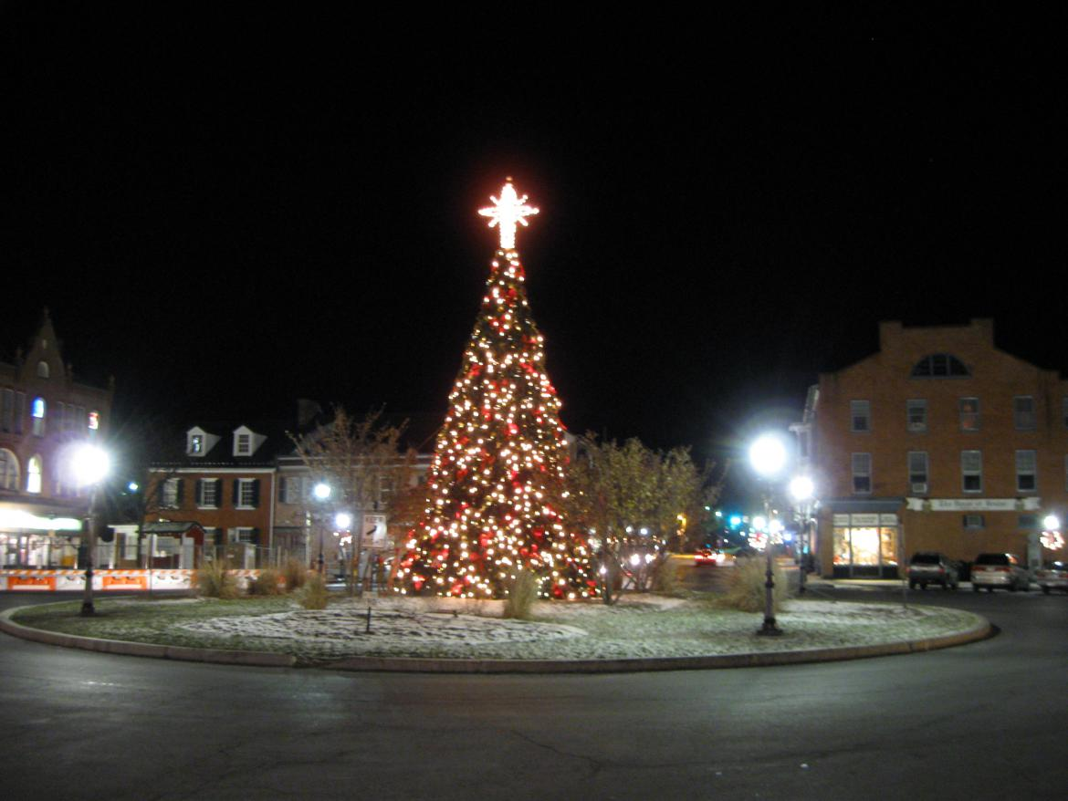 Gettysburg Diamond Christmas Lights