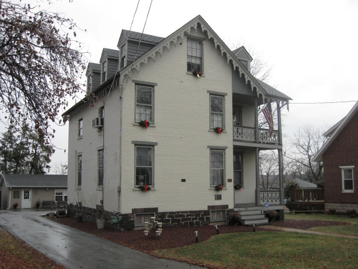 Christmas Decorations On The Carrie Sheads House